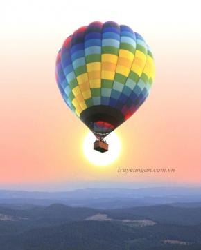 Luân - Quốc sư dạy bay ở vùng trời tự do