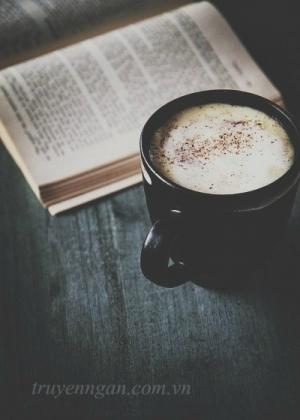 Cà phê khuya, cô đơn, tĩnh mịch!!!