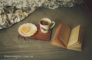 Con gái cà phê một mình thì sao?