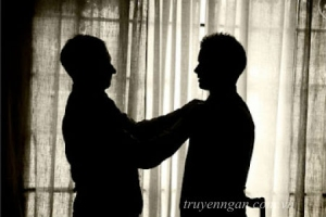 Đến ngày con trưởng thành, cha con mình chỉ là bạn tốt của nhau