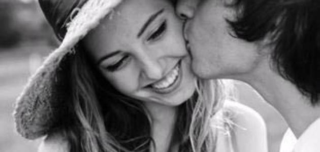 Hãy nói yêu thôi, đừng nói yêu mãi mãi